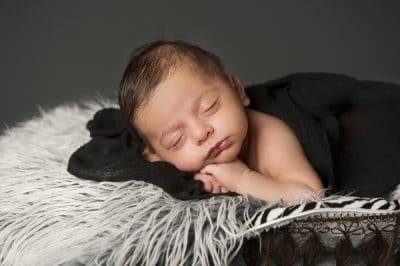 Newborn photos Lifeworks